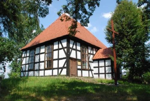 http://images66.fotosik.pl/1043/47649deda8116ceamed.jpg