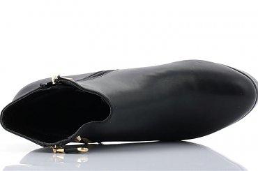 d93c3dd1 #obuwie #botki #szpilki #dżety #zdobienia #buty #NaObcasie #czarne