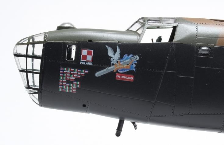 Liberator MK.VI - Hasegawa B-24J 1/72 6671249864ee1ae9